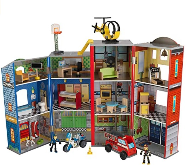 Best Christmas Toys For 2020-KidKraft Everyday Heroes Play Set